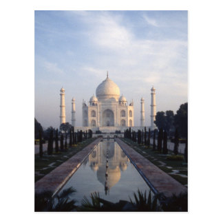 Taj Mahal Reflection in Agra, Uttar Pradesh, India Postcard