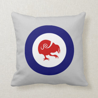 TAKAHE roundel Pillow