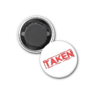 Taken Magnet