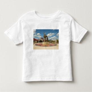 Taking Flight sculpture 2 Toddler T-shirt