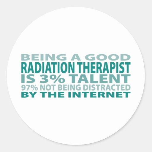 Talento del terapeuta el 3% de la radiación pegatinas redondas