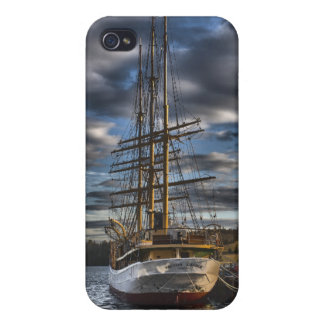 Tall Ship Picton Castle HDR iPhone 4/4S Cover