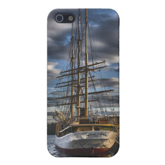 Tall Ship Picton Castle HDR iPhone 5 Covers