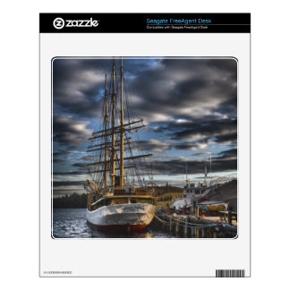 Tall Ship Picton Castle HDR FreeAgent Desk Decal