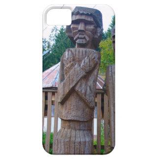 Talla de madera tradicional rumana iPhone 5 Case-Mate cobertura
