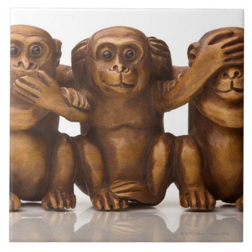 Talla de tres monos de madera azulejo cuadrado grande