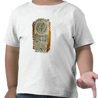 Tallando representando una historia del Jatakas, Camisetas