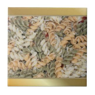 Tallarines de oro de las pastas de Swirly Azulejo Cuadrado Pequeño