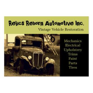 Taller de reparaciones del camión viejo antiguo de tarjeta personal