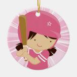 Talud del chica del softball en rosa y blanco ornamentos para reyes magos