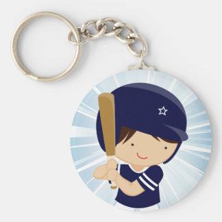 Talud del muchacho del béisbol en azul y blanco llavero personalizado