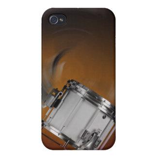 Tambor que marcha en el oro iPhone 4 funda