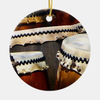 Tambores japoneses adorno navideño redondo de cerámica