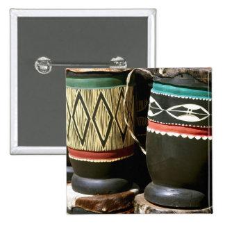 Tambores tallados mano, Livingston, Zambia Pins