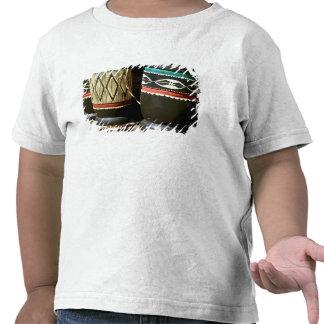 Tambores tallados mano, Livingston, Zambia Camisetas