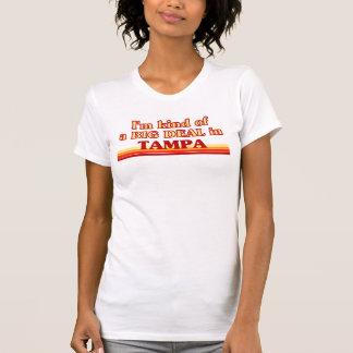 TAMPAaI un poco una GRAN COSA en Tampa Tshirts