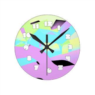 Tan 80s en reloj de pared en colores pastel