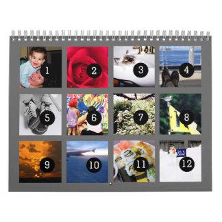 Tan fácil como 1 a 12 su propio calendario gris de