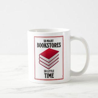 Tan muchas librerías, tan poca hora taza de café