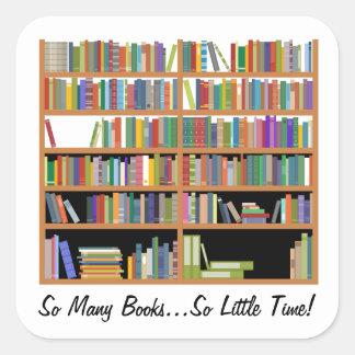 Tan muchos libros (personalizable) pegatina cuadrada