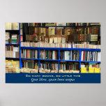 Tan muchos libros tan poca hora póster