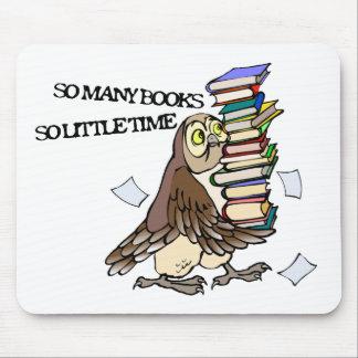 Tan muchos libros tapetes de ratón