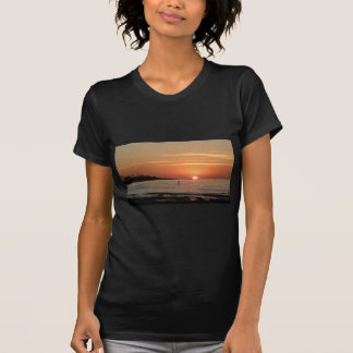 Tan puesta del sol de la caloría camiseta