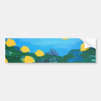 Tang amarillo en la pintura azul del océano pegatina para auto
