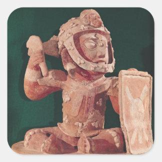Tapa de la urna con una figura de un guerrero calcomania cuadrada personalizada