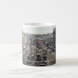Tape la taza de Irlanda con corcho de la ciudad,
