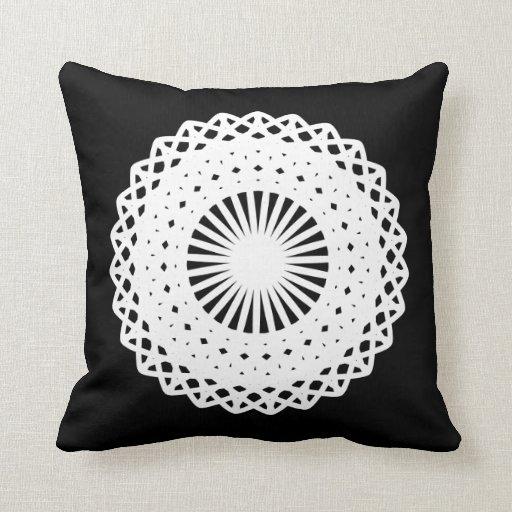 Tapetito. Diseño blanco del círculo del cordón. En Almohada