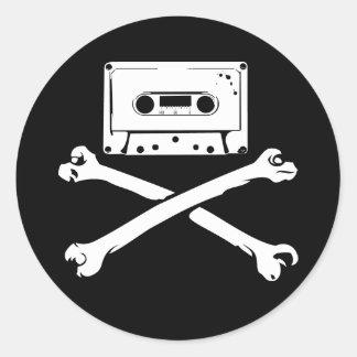 Taping casero de la piratería de la cinta y del pegatina redonda
