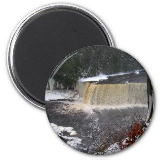 taq falls2 2 inch round magnet
