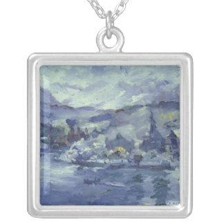Tarde en el lago Alfalfa, 1924 Collar Plateado