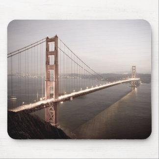 Tarde en el mousepad de puente Golden Gate Alfombrilla De Ratones