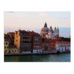 Tarde en Venecia, Italia Postal