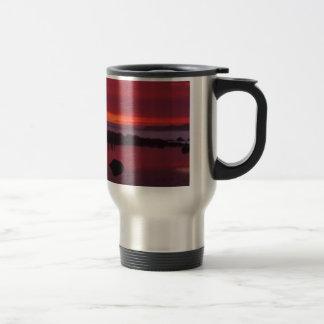 Tarde roja tazas de café