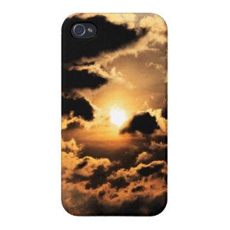Tarde Sun con el cielo nublado iPhone 4/4S Carcasas