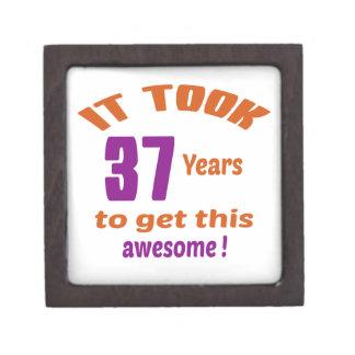 ¡Tardó 37 años para conseguir esto impresionante! Caja De Regalo De Calidad