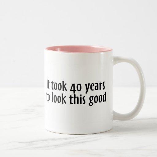 Tardó 40 años para mirar esto bueno taza