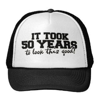 Tardó 50 años para mirar esto bueno gorra