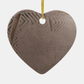 Tareas hercúleas adorno de cerámica en forma de corazón