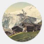 Tarifa de Saas, visión alpina, Valais, montañas Pegatina Redonda