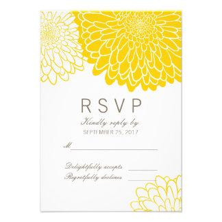 Tarjeta amarilla blanca de RSVP de la respuesta de Comunicados