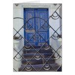 Tarjeta azul fresca de la puerta