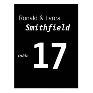 Tarjeta barata y con clase de la tabla del boda tarjeta postal