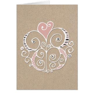 Tarjeta blanca de Kraft del adorno del corazón