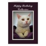 Tarjeta blanca del gato del feliz cumpleaños de Ca