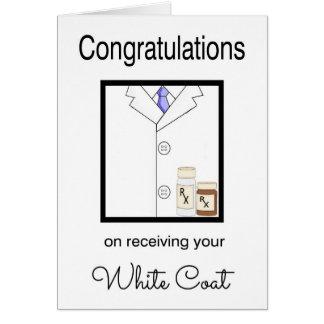 Tarjeta blanca farmacéutica de la enhorabuena de l