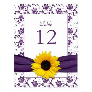 Tarjeta blanca púrpura de la tabla del boda del postal